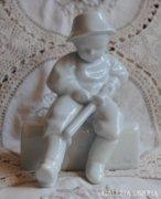 Zsolnay Sinkó szobor, faragó fiú, nagyon ritka