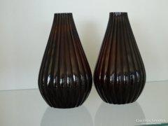 Bordás, rétegelt üveg váza párban
