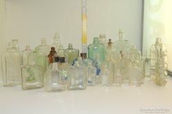 Parfümös, kölnis üvegtétel 38 db