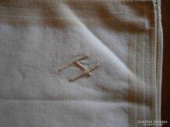 990. Díszzsebkendő - H monogramos