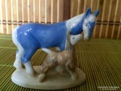 Orosz Ló és Csikó Szobor