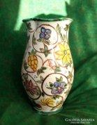 Goszthony Mária festő, keramikus munkája! Váza