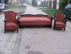 Antik ülőgarnitúra eladó Ágyneműtartós kanapé 2 fotellel