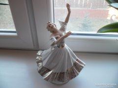 Unterweissbach Táncosnő