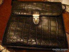 Régi fekete női bőr táska