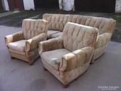 Antik barokk ívelt kanapé 2 fotellel eladó