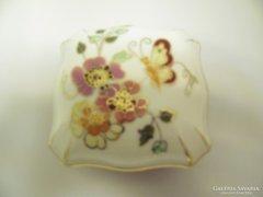 Zsolnay Porcelán Pillangó mintásBonbonier (Gy-BI 21983)
