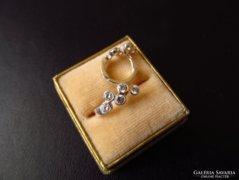 Fülbevaló apró kövekkel - ezüst ékszer