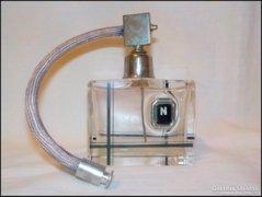 Régi pumpás parfümös üveg