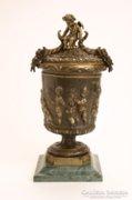Francia bronz urna, bőségszaruval