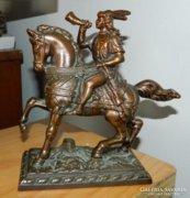 Királyi lovas vadász -  bronz szobor