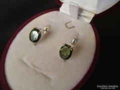 Zöld köves fülbevaló - ezüst ékszer