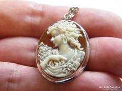 Kámea medál,925-ös ezüst keretben.