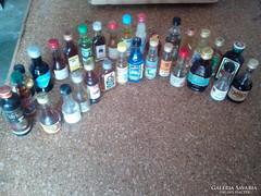30 db mini italgyüjtemeny,tele üvegek