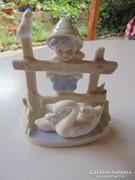Porcelán fiúcska