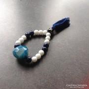 Egyedi lápisz lazuli karkötő nagy kék kővel