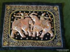 Indiai autentikus kézzel kivarrt falikép