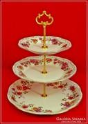 Zsolnay emeletes sütemény és gyümölcs kínáló pillangó mintás