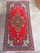 Perzsa mintás szőnyeg
