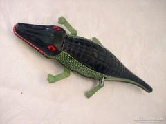 Krokodil lemezből