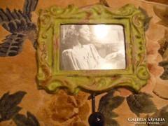 Fém akasztó fényképtartóval kombinálva