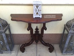 Antik bútor, felújított Neóbarokk konzolasztal 05.