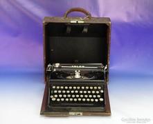 0I325 Antik német ADLER írógép