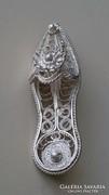 Ezüst filigrán, kis papucs, bross, kitűző