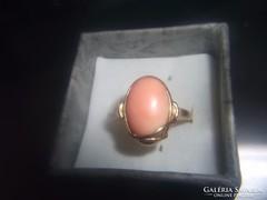 14K arany gyűrű / nemes korall