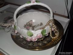 Porcelán tároló