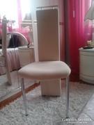 Plüss bézs szinü szék