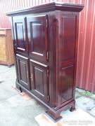 Rusztikus 4 ajtós szekrény.......