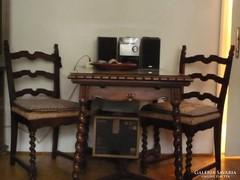 Koloniál étkező asztal- székekkel