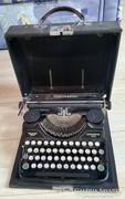 Eredeti meseszép Continental 350 írógép