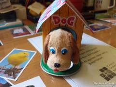 Régi lemez kutya ház óraműves