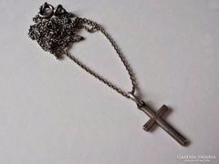 835-ös ezüst nyaklánc medállal