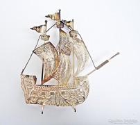 Ezüst spanyol hajó