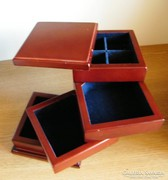 Ékszertartó doboz - fa-plüss 12 x 12 cm