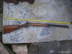Elöltöltős  egyedi díszpuska