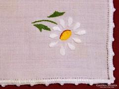 Hímzett textil szalvéta
