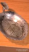 Falevél alakú és mintázatú patinás kis hamutartó PV jelzésse