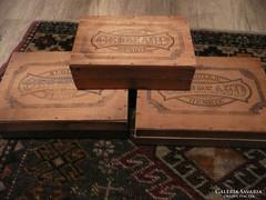 3 db antik Gerbaud-os doboz eladó egyben