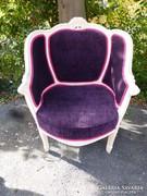Restaurált neobarokk fotel.