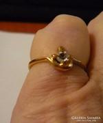 Kristályköves gyűrű