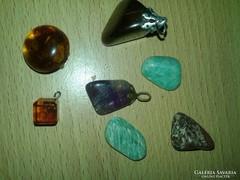Értékes kövek medálok 7darab