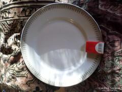 Egyszerű , de finom mintájú süteményes tál 28 cm-es