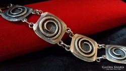 Art deco ezüst:Mester és fémjellel