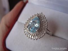 Nagy kék topáz gyűrű - ezüst, csepp és bagett csiszolás