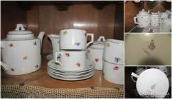 Zsolnay szórt virágos 4 személyes teáskészlet