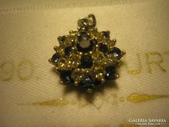 Antik medalion,karmos foglalatban ékkövekkel